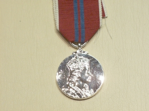 Coronation E11R 1953 full size copy medal worc - Click Image to Close