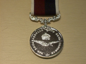 Royal Air Force LSGC E11R full size copy medal - Click Image to Close